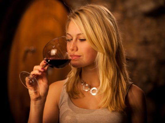 Assaggiatore di Vini e Sommelier