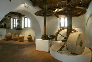MOO Museo dell'Olivo e dell'Olio - Fondazione Lungarotti, Torgiano - Frantoio a forza idraulica, sala IV